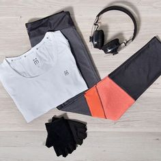 The perfect workout ensemble to get you up and ready to go for the week ahead!⠀  ⠀  #mACTIVE #beboldbeyou #activewear #athleisure #styleblog #styleinspo #fashion #healthy #fit #fitness #active #lifestyle #ootd #womenswear #instagood #fashionaddict #onlineshopping #fashionlover #melbournefashion #stylegram #strong #flatlay #fitspo #fitspiration #instafit #workout #leggings #headphones