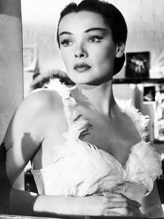 Gene Tierney photographed for Never Let Me Go (1953)