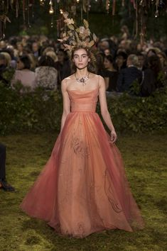 Christian Dior Couture, Spring 2017 - Couture's Most Beautiful Spring 2017 Runway Gowns - Photos