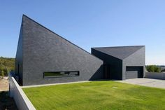 house-krostoszowice-drop-modernism-old-surrounding-04