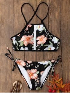 GET $50 NOW | Join RoseGal: Get YOUR $50 NOW!http://m.rosegal.com/bikinis/floral-print-backless-cropped-top-1165342.html?seid=5ccpniik4jl3cu55tmh3epgof0rg1165342