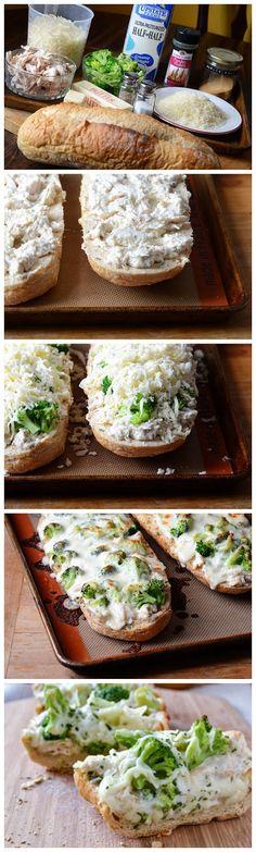 Chicken Alfredo Garlic Bread Pizza - toprecipeblog