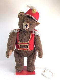 88cm grosser Teddybär - mechanischer Bär - Zirkusbär beweglich