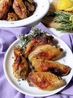 Lemon Garlic & Rosemary Chicken Wings | momcanihavethat.com