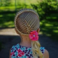 Simple and beautiful hairstyles for school for every day - Kinder friseur - Baby Hair Cute Haircuts, Girl Haircuts, Little Girl Hairstyles, Hairstyles For School, Teenage Hairstyles, French Braid Hairstyles, African Braids Hairstyles, Easy Hairstyles, Beautiful Hairstyles