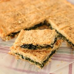 Quinoa, Pizza Snacks, Fast And Slow, Spanakopita, Antipasto, Coco, Sandwiches, Brunch, Appetizers