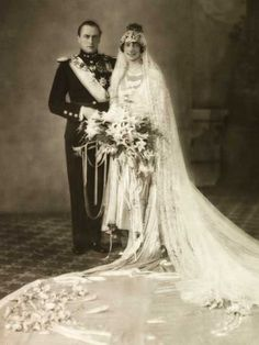 King Olav V of Norway, while still Crown Prince, with his new bride, Princess Martha of Sweden. Martha was Olav's 1st cousin, daughter of his paternal aunt, Princess Ingeborg of Denmark. Sadly, Martha would never be Queen of Norway. She died of cancer in 1954, 3 years before Olav became King.