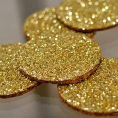 how to make glitter coasters, sparkly coasters, sparkle coasters, shiny coasters, gold coasters