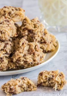 No Bake Coconut Pecan Cookies recipe - CentsLess Meals Coconut Pecan Cookie Recipe, Pecan Cookie Recipes, Chocolate Peanut Butter Cookies, Delicious Cookie Recipes, Coconut Cookies, Chocolate Chip Recipes, Chip Cookie Recipe, Chocolate Chip Oatmeal, Candy Recipes