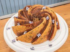 Pomerančová bábovka — Peče celá země — Česká televize Pancakes, French Toast, Breakfast, Indiana, Food, Breakfast Cafe, Pancake, Essen, Yemek