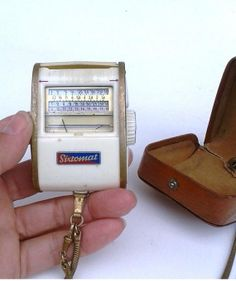 Light meter Vintage Leather Case Brass Chain by FrenchMarketFinds, €15.00