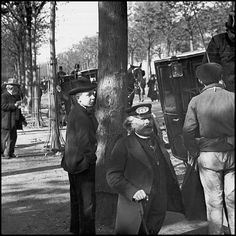 Vieux métiers de Paris, 1900. Ouvreur de fiacres