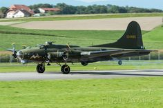 Photo of Boeing B-17 Flying (12-4485) ✈ FlightAware
