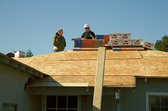 How Roofing Contractors In Lincoln Nebraska Can Help You Determine How Much Life Your Roof Has Left If your home needs a new roof, most likely you've known about it for quite some time, roofs don't usually fail quickly, so you can usually tell. You may have put it off, but then... - More Details @ http://www.usefulroofingtips.com/roofing-contractors-in-lincoln-nebraska/