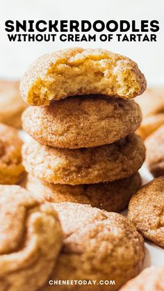 These snickerdoodles without cream of tartar are so easy! Soft snickerdoodles cookies that are perfect for fall and the holidays! No cream of tartar necessary for these and no chill time! #snickerdoodles #snickerdoodlerecipe #nocreamoftartar #christmascookies #snickerdoodlecookies #snickerdoodlebars Snickerdoodle Recipe Without Cream Of Tartar, Easy Snickerdoodle Recipe, Easy Cookie Recipes, Healthy Dessert Recipes, Bar Recipes, 4 Ingredient Cookies, Vegan Christmas Cookies, Low Fat Desserts, Healthy Cheesecake