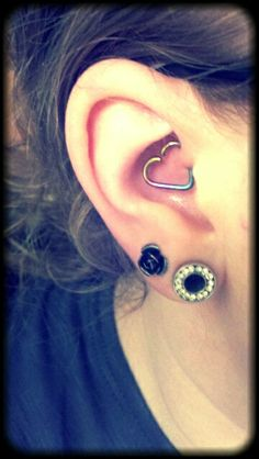 my valentines day gift from me, to me =] #valentine #tragus #plug #rose #piercing www.bodycandy.com
