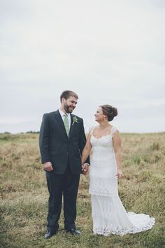 A Simple, Outdoor Wedding at Running Fox in Chestertown, MD | Brooke Courtney Photography | Theknot.com