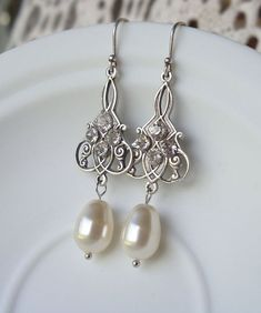 Bridal Earrings Vintage Style Antique Silver Earrings.  Wedding Earrings. Bridal Dangles. Bridesmaids Earrings on Etsy, $35.00