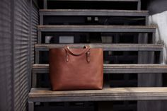 Large Tote in Fox