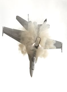 Oh shit, great shot of the the fighter pilot getting ready to eject. Scary moment I'm sure. Hope he or she made it out ok. :/