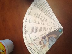Wedding program in a fan layout - great for a spring-time outdoor wedding