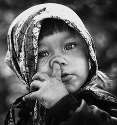 jamezorlando's pick of the week no. Cute Kids Photography, Face Photography, Precious Children, Beautiful Children, Black And White Portraits, Black And White Photography, Kids Around The World, African Children, Pencil Art Drawings