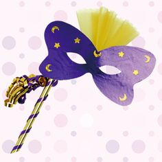 Αποκριάτικες Μάσκες για Παιδιά : kidsfun.gr Carnival Crafts, Carnival Masks, Craft Gifts, Activities For Kids, Minnie Mouse, Disney Characters, Fictional Characters, Preschool, 1