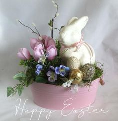 Cool 31 Rustic Easter Centerpieces Decor Ideas For Serving The Table Easter Flower Arrangements, Easter Flowers, Easter Tree, Easter Wreaths, Floral Arrangements, Floral Centerpieces, Oster Dekor, Easter Tablecloth, Diy Easter Decorations
