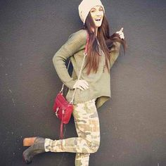 Oversized jumper, CARMAR camo jeans matched with Knock Out booties