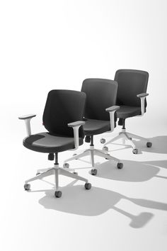 Mid-Back Max Task Chair in Gray