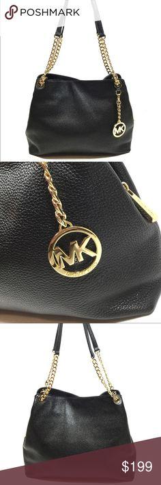 NWOT Michael Kors Jet Set Chain Shoulder Bag Black NWOT. 100% Authentic. Great deal. Michael Kors Bags Shoulder Bags