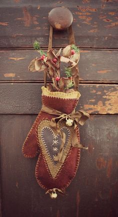 If you are interested in purchasing a piece from Rebekah L. Smith, please contact her via email. All old pieces are sold as is. Prices do not include shipping. Christmas Ornament Crafts, Christmas Sewing, Primitive Christmas, Felt Ornaments, Felt Christmas, Christmas Projects, Felt Crafts, Holiday Crafts, Felt Projects