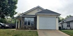 MOVE-IN READY. Nice Ranch Home. 3 Beds/2 Baths