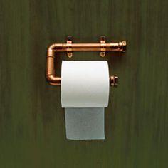Geef je badkamer een update met koperkleurige accenten - Roomed   roomed.nl