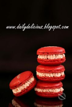Strawberry Macarons With Strawberry Milk Buttercream Filing Recipe (dailydelicious)