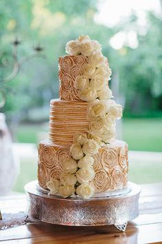toasted marshmallow rosette wedding cake | Apryl Ann