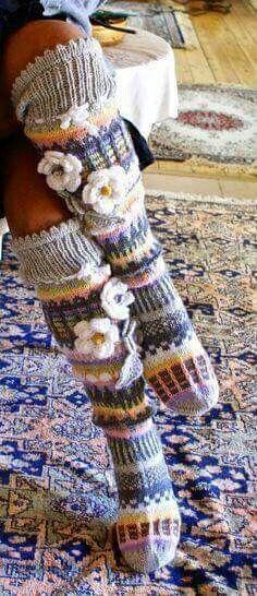 Fair Isle Knitting, Arm Knitting, Knitting Socks, Knitting Patterns, Crochet Patterns, Crochet Leg Warmers, Knit Mittens, Crochet Slippers, Love Crochet