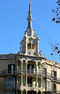 Barcelona - Roger de Llúria 080 a 1 | Casa Josefa Villanueva… | Flickr - Photo Sharing!