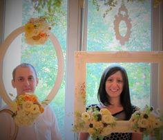 Cadres fleuris pour l'arche de cérémonie/photobooth réalisé pour Le Lab Oui².  Retrouvez mes compositions florales sur www.drissia.fr et www.facebook.com/pages/drissia