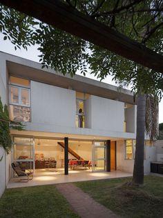 Casa Interior / Rosana Sdrigotti  + Julio Cavallo