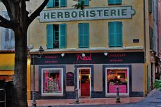 Place Nationale Antibes France, Broadway Shows, Herbalism