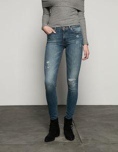 Bershka Colombia - Jeans Super Skinny efecto lavado