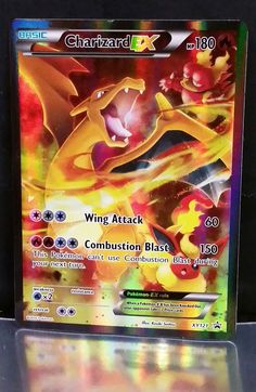 CHARIZARD EX Red & Blue GENERATIONS Ultra Rare Holograph Pokemon Card XY121