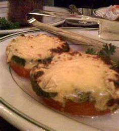 Joe's Crab Shack Copycat Recipes: Grilled Tomatoes and Cream Spinach recipes