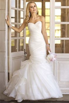 Vintage Chiffon & Satin Wedding Gown:: Budget Collection