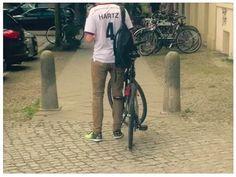 Nachnominiert: Hartz, Verteidiger - Rückennummer 4