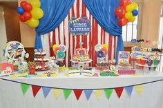 healthy snacks for preschoolers and toddlers worksheets kids 2nd Birthday Party Themes, Circus Birthday, Boy Birthday, Birthday Cake, Birthday Ideas, Punch, Clown Party, Paw Patrol Party, Carnival Themes