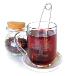 Lower Blood Pressure Naturally With Hibiscus Tea - Natural Health - MOTHER EARTH NEWS