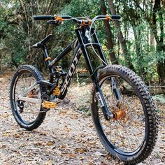 Are you a mountain bike lover? Do you like extreme sports? Watch and share the best mtb videos from your network! Bmx Bicycle, Bmx Bikes, Mtb Bike, Cycling Bikes, Road Bikes, Moutain Bike, Mountain Bike Races, Mountain Bicycle, Wakeboarding