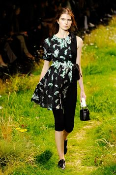 Moncler Gamme Rouge spring/summer 2016 collection show pictures. #monclergammerouge #pfw #fashionweek #parisfashionweek